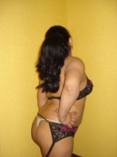Lactancia erotica real nikky ya disponible