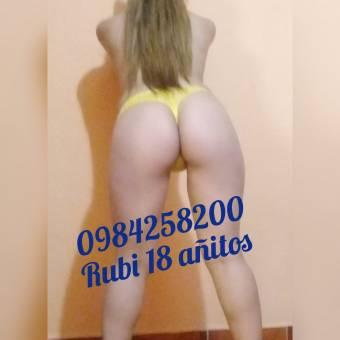 RUBY 18 AÑITOS CALIENTE MUY COMPLACIENTE