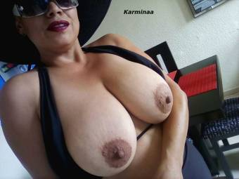Utiliza todo mi cuerpo para tu sexo masaje Karminaa tu Zorra revisa mi zonas