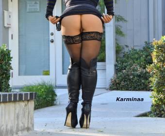 Desfoga toda tu sensualidad llámame Karminaa