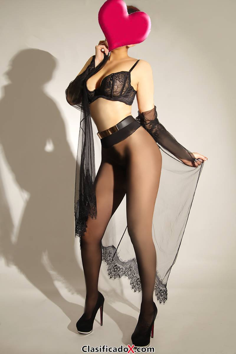 Nicole,   muy sensual